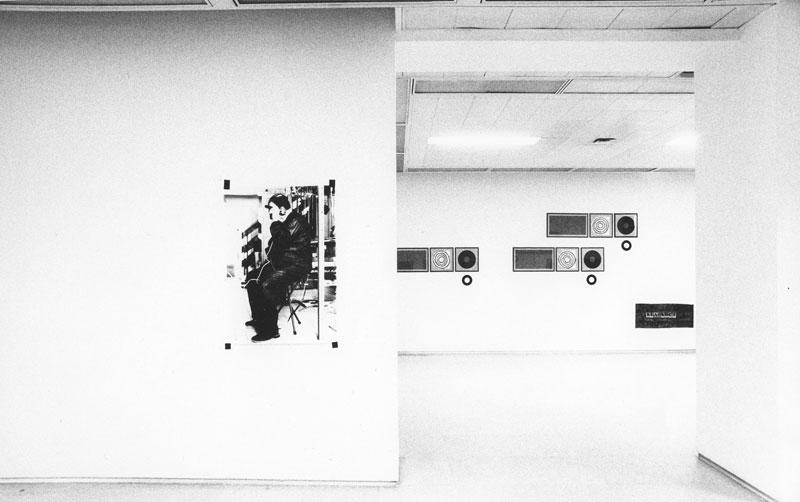 1974-Gun-Metal-galerie-Sonnabend-Paris-solo