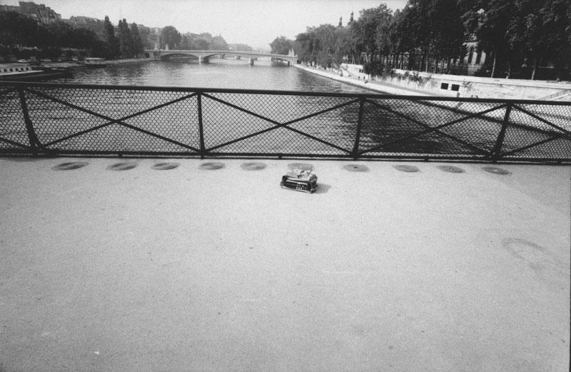 1973.9.30-Tableaux-dune-exposition-Pont-des-Arts-Paris-solo