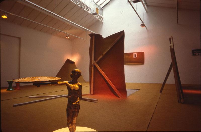 1982-Sculptures-de-Decor-Galerie-Eric-Fabre-Paris