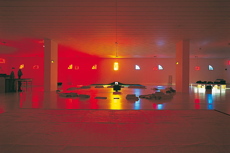 Le monde est illisible, mon cœur si : Musée d'Art Contemporain, Lyon. 1ère scène : La Brûlure, du 1.2 au 2.3.