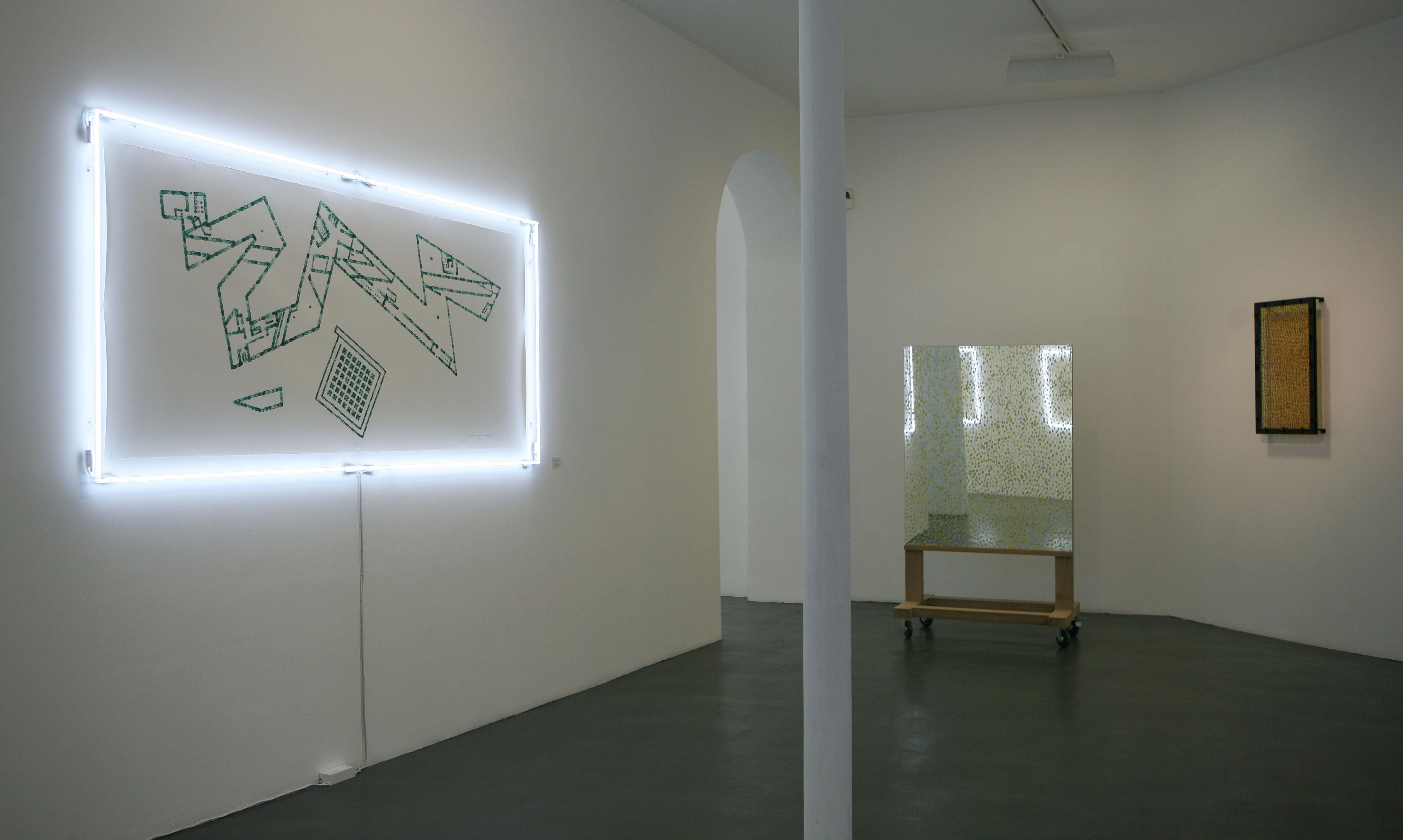 OPUS-N2-galerie-Nathalie-Obadia-Paris-11-3-3-5-2011