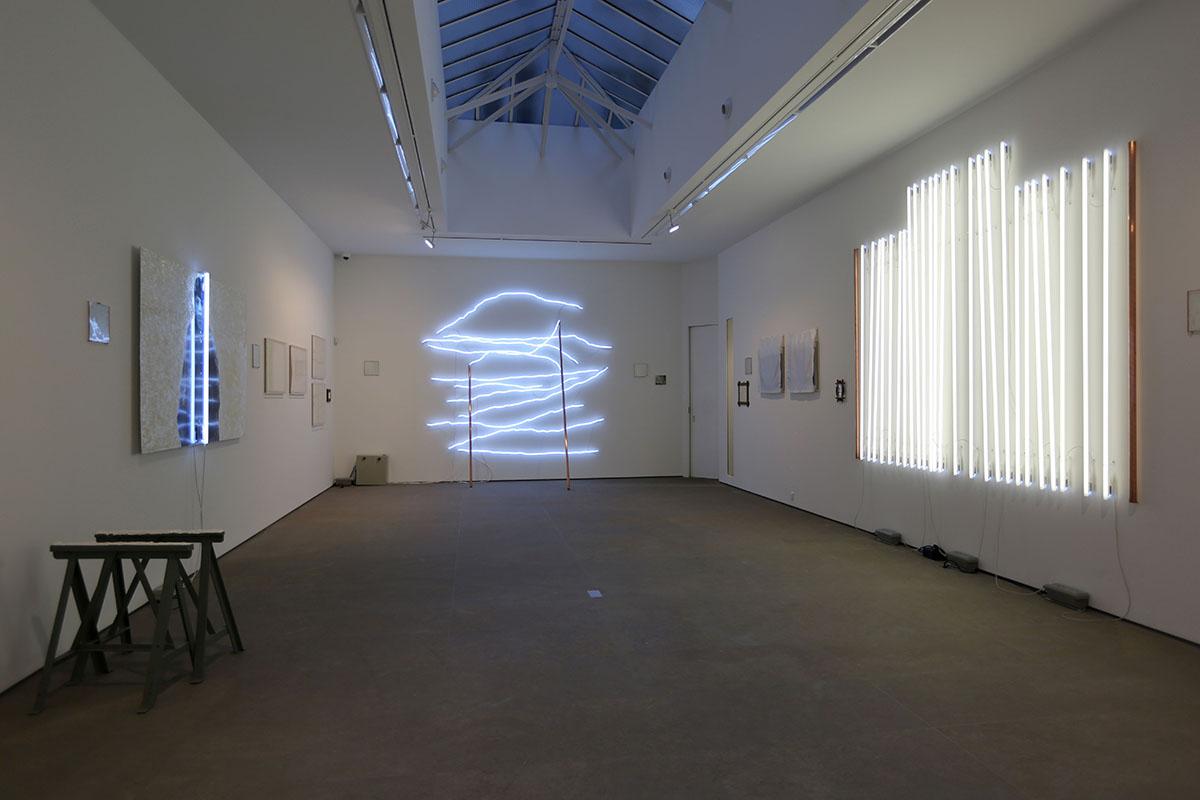 Sarkis-Au-commencement-le-blanc-Galerie-Nathalie-Obadia-Paris-9-1-1-3-2014